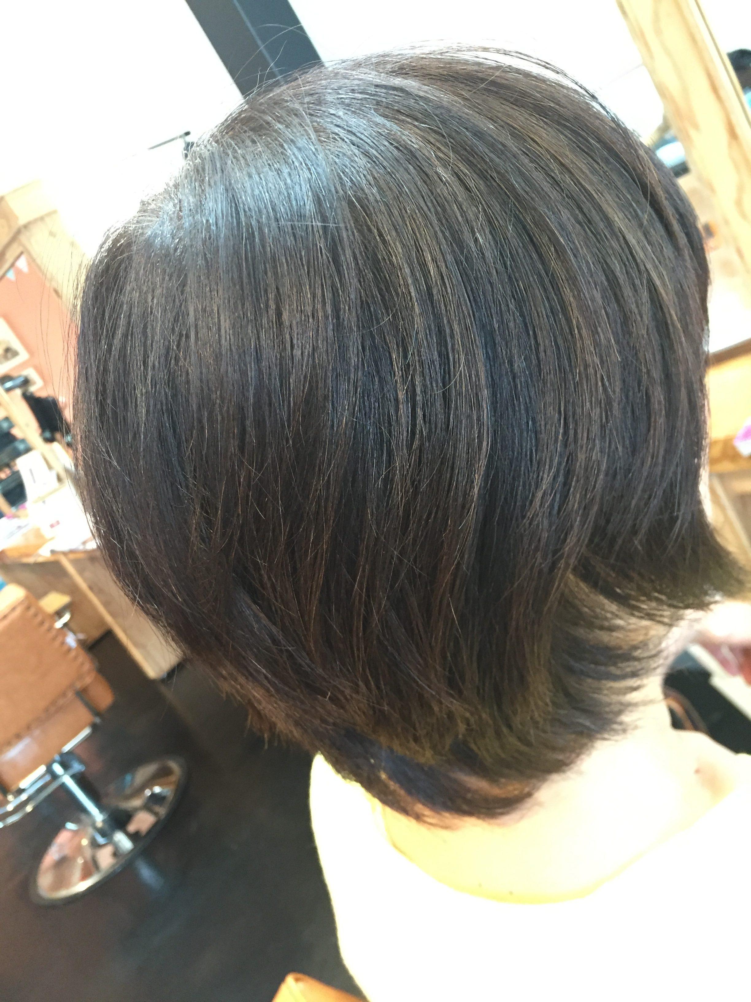 髪質改善カラービフォー