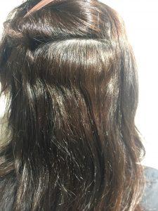 内側もなかなかのくせ毛