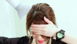 前髪を抑えるやり方