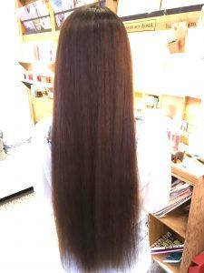 縮毛矯正後のロングヘア