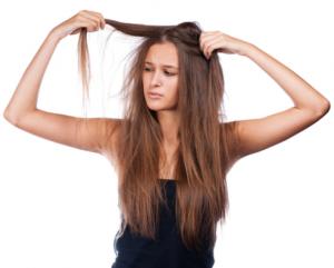 カラーやパーマ・縮毛矯正による髪の傷み その原因と解決策
